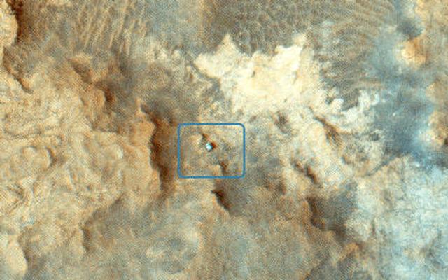 Mars-Curiosity-Rover-MRO-HiRISE-Pahrump-Hills-labeled-ESP_039280_1755-pia19114-fi
